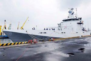 Chiến hạm Brunei thăm Đà Nẵng