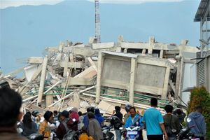 Động đất, sóng thần tại Indonesia: 10 sinh viên Việt Nam đến Jakarta an toàn