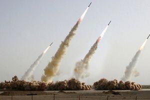 Vệ binh Cách mạng Iran: 'Chúng sử dụng đạn, chúng tôi đáp trả bằng tên lửa'