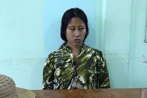 Người mẹ khai lấy gối đè chết 2 con bị đưa đi giám định tâm thần