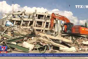Indonesia thiếu hụt nhiên liệu trầm trọng sau động đất, sóng thần