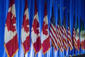 NAFTA sắp sửa đổi kéo chứng khoán Mỹ đi lên