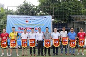 Khai mạc Giải bóng đá thanh niên quận Nam Từ Liêm