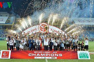 Sân Hàng Đẫy 'vỡ òa' sau chức vô địch lịch sử của Hà Nội FC