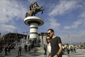Macedonia chia rẽ sau trưng cầu dân ý