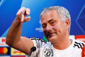 Mourinho chê hàng tiền vệ MU thiếu sáng tạo