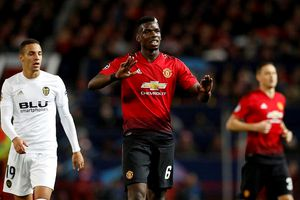 Pogba bị cấm trả lời truyền thông sau trận hòa Valencia