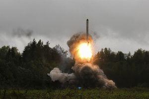 NATO phát sốt với tên lửa không thể đánh chặn Nga