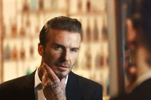 Thói quen khá nữ tính này, bảo sao Beckham U50 vẫn phong độ ngút trời