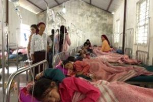 150 học sinh nghi ngộ độc thực phẩm tại trường học ở Hà Giang