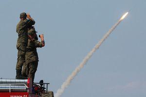 Tên lửa đã trao tay, phòng không Syria vẫn chưa dùng được S-300