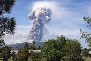Sau động đất và sóng thần, đến lượt núi lửa phun trào ở Indonesia