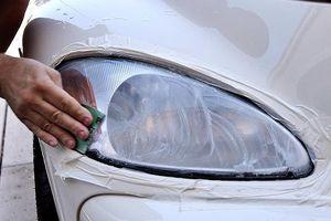 5 mẹo nhỏ giúp khôi phục đèn pha ô tô bị mờ ngay tại nhà