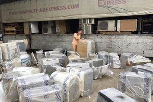 Thanh Hóa: Liên tiếp bắt giữ 2 vụ vận chuyển 253 loại hàng hóa không rõ nguồn gốc