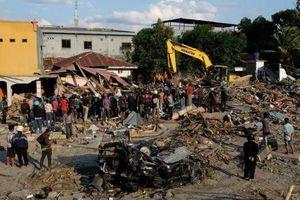 Gần 1.400 người chết sau thảm họa kép, Indonesia thiếu túi đựng thi thể