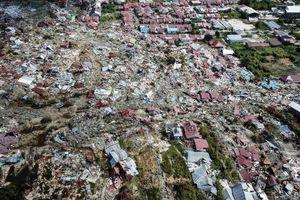 Đảo Sulawesi, Indonesia hoang tàn do động đất sóng thần nhìn từ trên cao