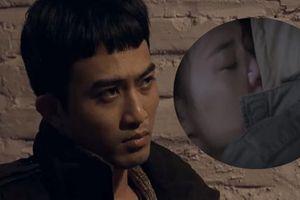 Bị chỉ trích không biết cách hôn, hôn vồ vập, Cảnh trong 'Quỳnh búp bê' bức xúc