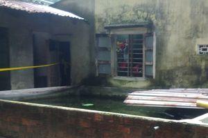 Bé gái 4 tháng tuổi tử vong dưới hồ nước