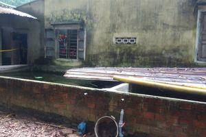 Bé gái 4 tháng tuổi tử vong 'bất thường' trong bể cá cạnh nhà