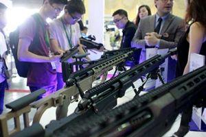 Hàng loạt vũ khí hiện đại được trưng bày tại triển lãm quốc tế về an ninh ở Hà Nội