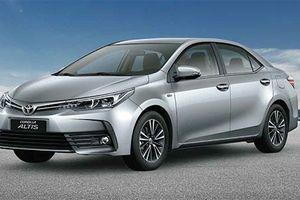 Toyota VN 'chốt giá' Corolla Altis 2018 từ 697 triệu