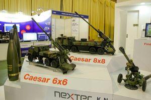 Dàn vũ khí tối tân trong triển lãm an ninh tại Hà Nội