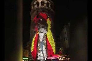 Rùng mình hiệu ứng 3D tại Tháp Galata ở Istanbul, Thổ Nhĩ Kỳ