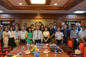 Đẩy mạnh hợp tác quốc tế trong công tác biên soạn, xuất bản SGK