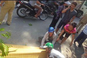 Hà Nội: Người đàn ông bị tàu hỏa tông tử vong khi chạy qua đường sắt
