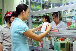 TP.HCM: Thu hồi giấy chứng nhận kinh doanh của nhà thuốc bán thuốc không theo đơn