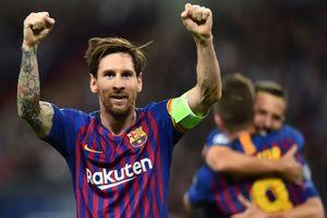 Clip: Messi lập cú đúp giúp Barca 'làm gỏi Gà trống'