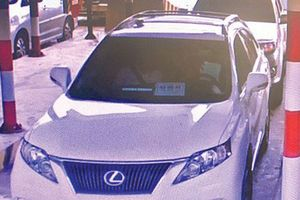 Đi Lexus, Cadilac nhưng trốn vài chục nghìn qua trạm BOT để… oai?