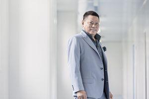 Tỷ phú gốc Việt Hoàng Kiều rớt khỏi top người giàu nhất Mỹ
