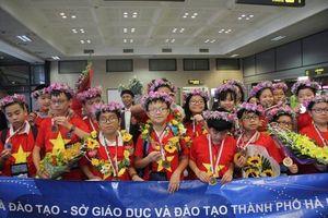IMSO 2018: Đoàn học sinh Việt Nam giành 8 Huy chương Vàng Olympic Toán và Khoa học quốc tế