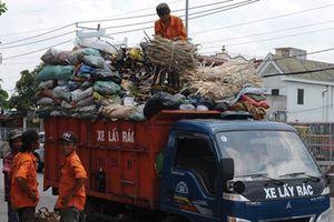 Người thu gom rác dân lập đối mặt nhiều nguy cơ bệnh tật