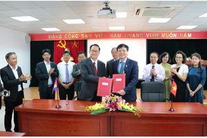 Quan hệ hợp tác giữa các nhà báo Việt Nam – Campuchia