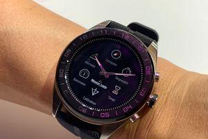 Cận cảnh smartwatch lai pin 100 ngày LG Watch W7