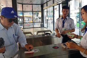 Sử dụng vé điện tử trên tuyến buýt nhanh BRT như thế nào?