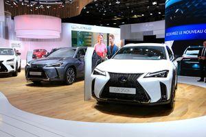 Crossover Lexus UX hoàn toàn mới xuất hiện ở Paris Motor Show
