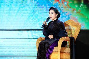 Ca sĩ Ánh Nguyệt: Tự hào khi là 'bản sao Khánh Ly'