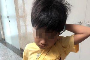 Hơn 5 giờ phẫu thuật cứu bé trai 7 tuổi nôn ra máu liên tục