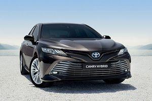 Toyota Camry Hybrid 2019 'tái xuất' tại châu Âu sau 14 năm