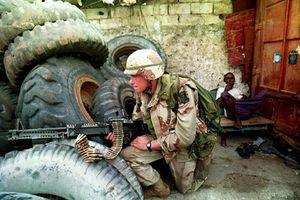 160 lính Mỹ hùng hổ xông vào Mogadishu hỗn loạn và cái kết kinh hoàng