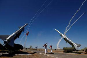 Mỹ chỉ trích hệ thống tên lửa S-300 mới của Nga tại Syria