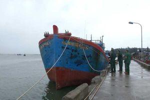 Trộm cả tàu cá