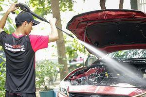 5 bước vệ sinh khoang động cơ xe ô tô tài xế cần biết