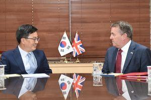 Hàn Quốc, Anh nhất trí hợp tác hướng đến một thỏa thuận thương mại hậu Brexit