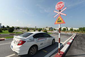 Có nên quy định giá sàn đào tạo lái xe ô tô?