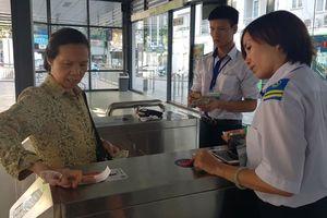 Hà Nội: Sắp dùng vé điện tử đi buýt nhanh BRT