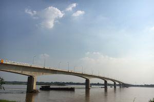 Cầu Ba Vì - Việt Trì hơn 1.400 tỷ chỉ chờ ngày thông xe